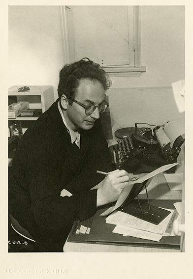 Photo of playwright Clifford Odets