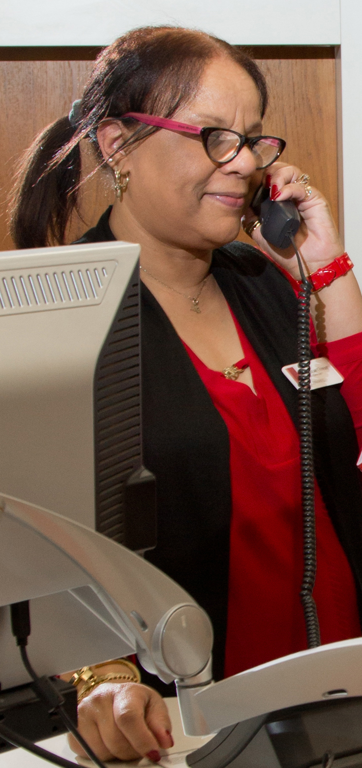 Image of a Librarian answering the phone