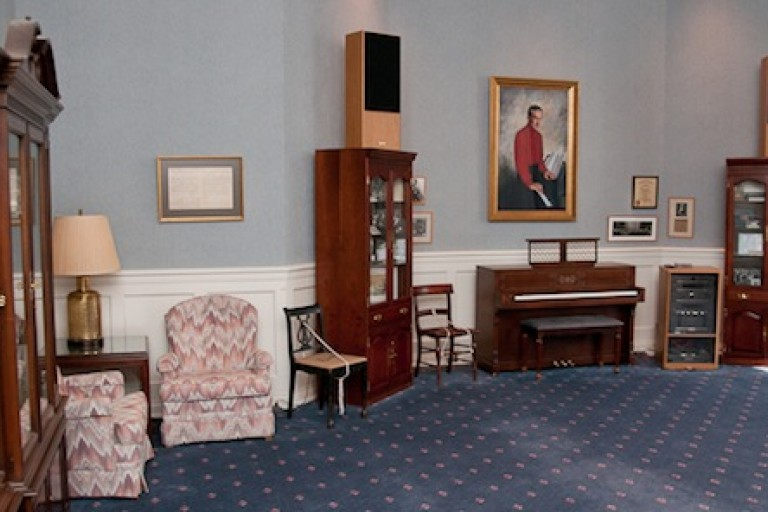 The Hoagy Carmichael Room is designed as a memorial to Indiana's family songwriter and performing artist.
